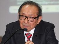 Edmundo Cruz